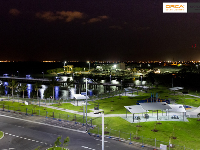 LED Solar Lights Up Marina | adlt1-2016062814670951592042 | ODS