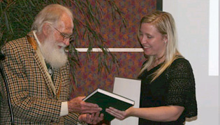 AILDM 2009 Awards Dinner - Allan Correy's address | aildma_4_l | ODS