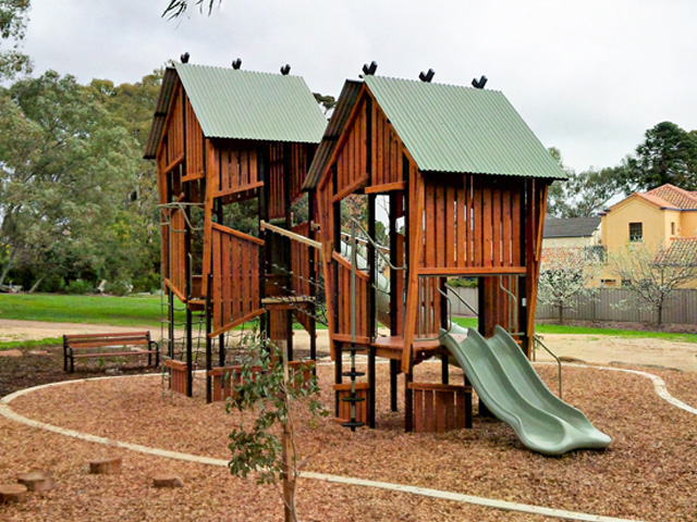 Collaborative Playground a Success for Bellyett | rustic1-2016101114761520416212 | ODS