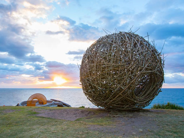 Sculpture by the Sea | sculpture1-2016102514773784171399 | ODS
