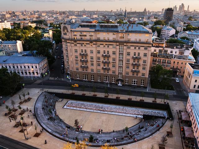 Khokhlovskaya Park, Moscow. By Strelka KB + DJAO-RAKITINE. Image © Alexey Nazarov