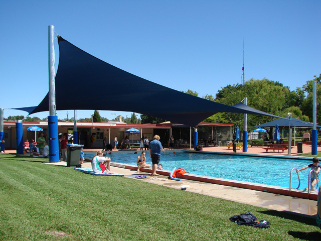 Large Shade Sail over Swimming Pool - Project | ODS